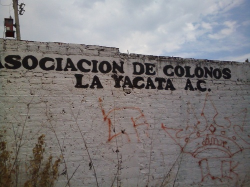 Entrance sign to La Yacata