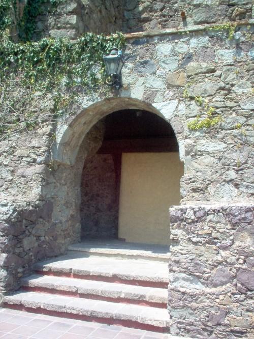 thick walls