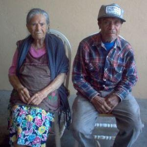 Descansen en paz Mama Vira y Papa Rique
