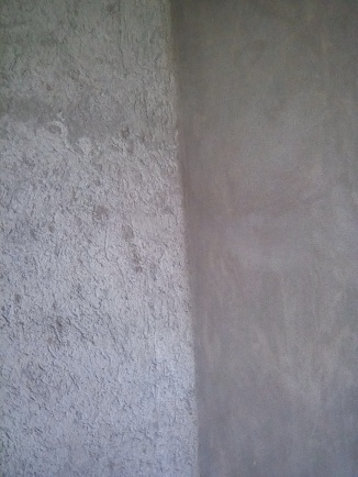 Wall to the left is one layer. Wall to the right is with a second layer.